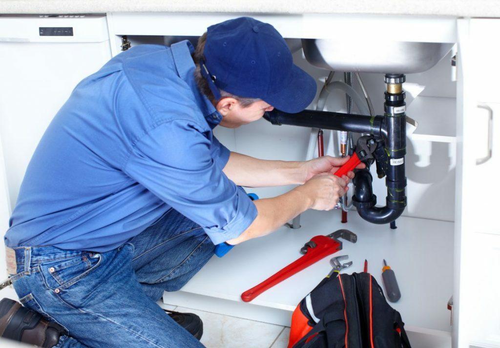 usuwanie awarii hydraulicznych